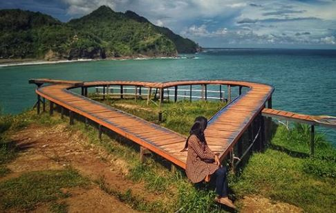 spot foto Pantai Lampon Kebumen