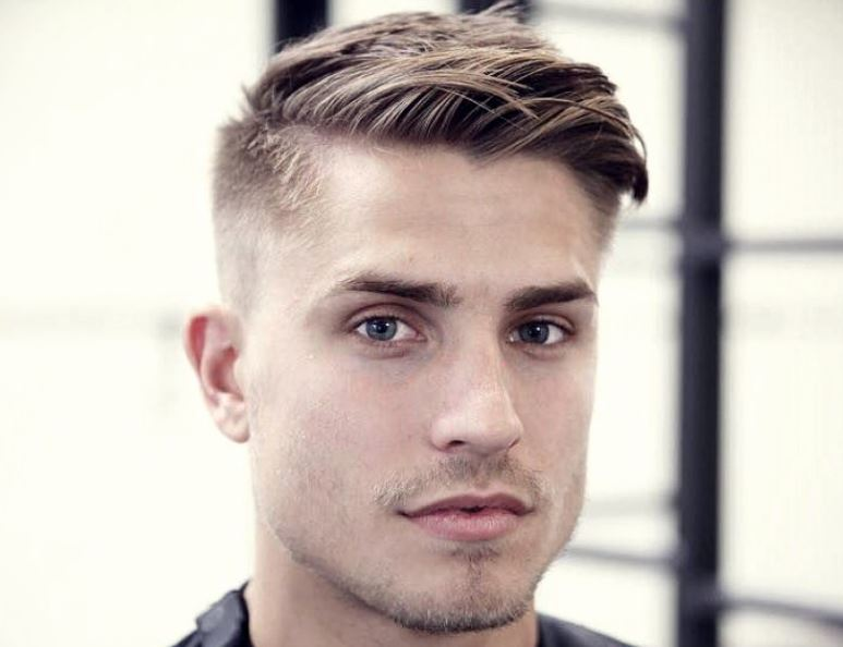 Model Rambut Untuk muka Berbentuk Hati