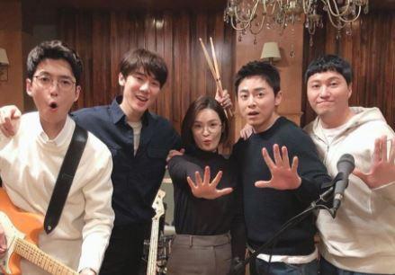 Situs Link Streaming & Download Drama Korea Hospital Playlist (2020) Subtitle Indonesia